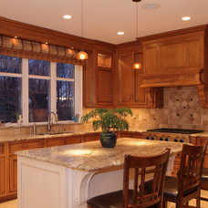 Traditional Kitchen by Mark Ferraro