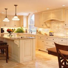 Traditional Kitchen by Platt Builders