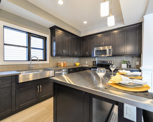 Arts and crafts separate kitchen design ideas renovations for Kitchen cabinets 99 street edmonton