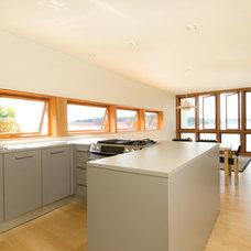 Contemporary Kitchen by Robert Hutchison Architecture
