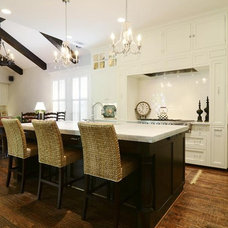 Traditional Kitchen by Guido Custom Homes, Inc (Laurie Guido)