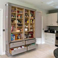 Contemporary Kitchen by Anthony Edwards Kitchens