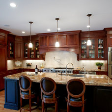 Traditional Kitchen by Grande Interiors