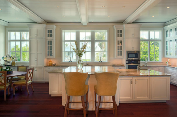 Tropical Kitchen by Stofft Cooney Architects