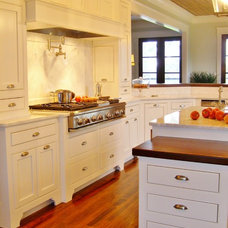 Beach Style Kitchen by Bob Chatham Custom Home Design