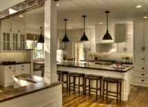 LOVE this kitchen!! Who were the cabinets built by? Thanks!