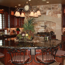 Traditional Kitchen by R T custom cabinetry