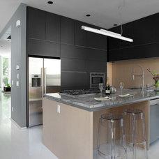 Modern Kitchen by Davignon Martin Architecture