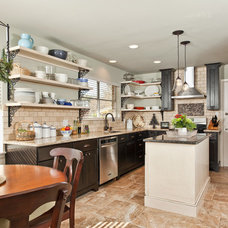 Traditional Kitchen by Clear Choice Interior Design