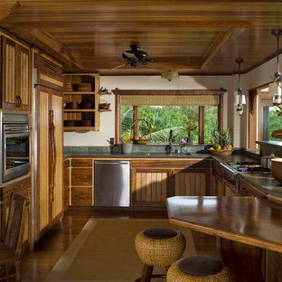 Asian kitchen remodeling - Inspiration for an asian kitchen remodel in Hawaii