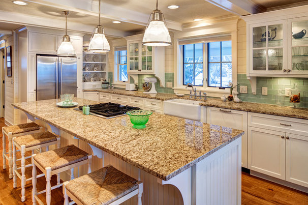 Traditional Kitchen by Smart Construction & Development, Inc.