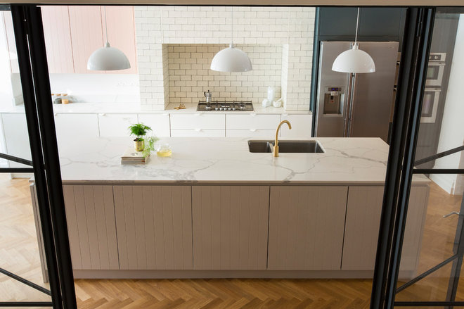 Scandinavian Kitchen by My-Studio Ltd
