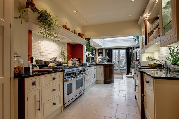 10 Planning Tips For Galley Kitchens