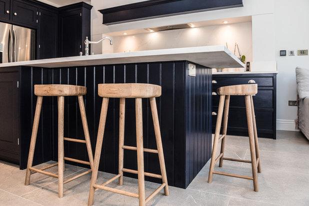 Contemporary Kitchen by London Urban - Intelligent Construction