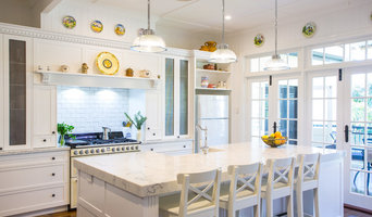 Hampton Style kitchen - Sherwood