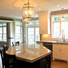 Traditional Kitchen by Blueprint Properties
