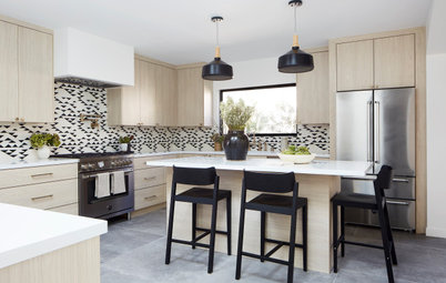 Kitchen of the Week: A Study in Contrasts
