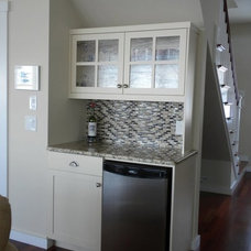 Traditional Kitchen by EverGreen Home