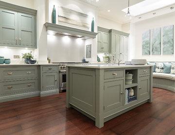 Hand-painted Shaker Kitchen