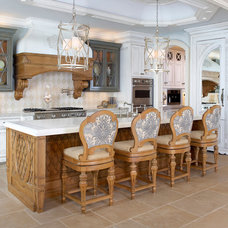 Traditional Kitchen by Acquisitions for the Home