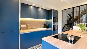 Handleless Blue Kitchen