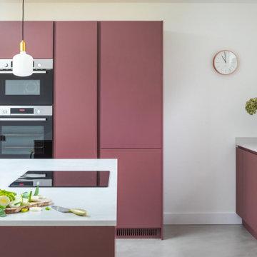 Handleless Plum Kitchen
