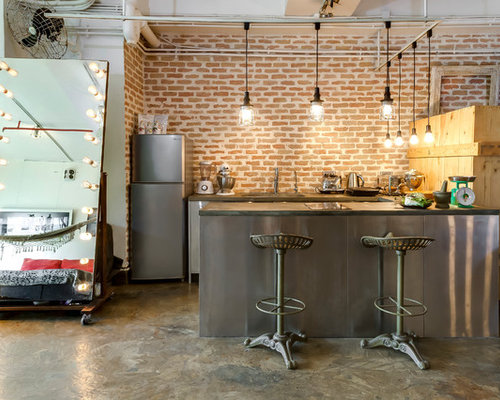 25 Best Industrial Hong Kong Kitchen Ideas & Decoration Pictures | Houzz