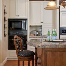 Traditional Kitchen by Leslie Cohen Design