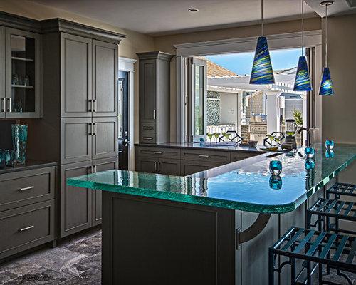 cuisine bord de mer avec un plan de travail en verre photos et id es d co de cuisines. Black Bedroom Furniture Sets. Home Design Ideas