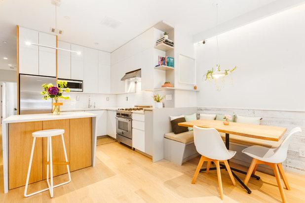 Modern Kitchen by Geowood Design