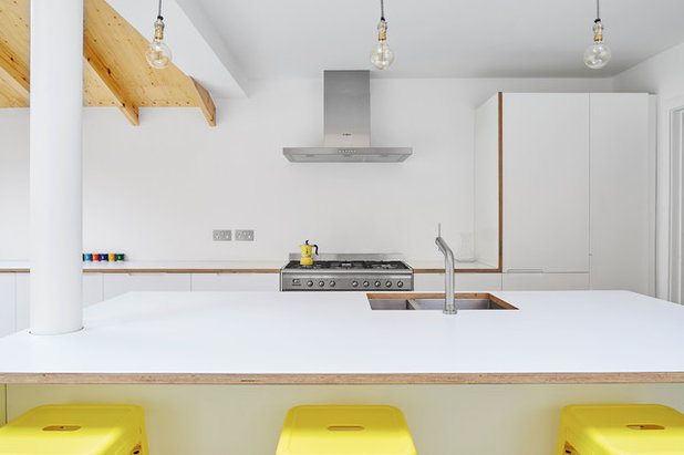 Contemporary Kitchen by Jacob Alexander Cabinet Makers
