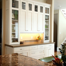 Traditional Kitchen by Steven Dailey Construction