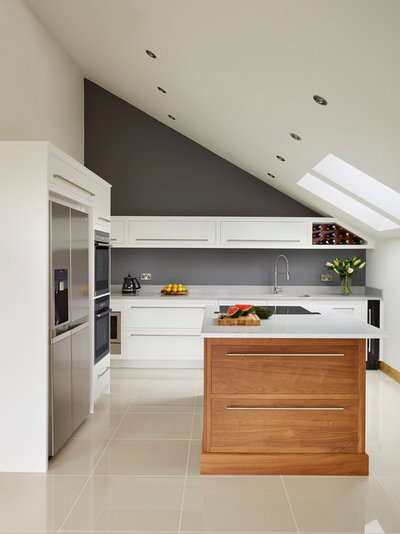 Contemporary Kök by Harvey Jones Kitchens