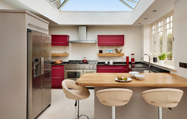 Eclectic Kitchen by Harvey Jones Kitchens