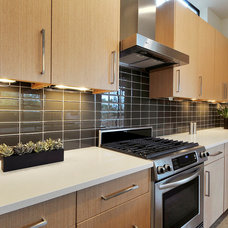 Contemporary Kitchen by Riverside Homes LLC