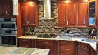 Hasbrouck Heights - Ultracraft Semi-Custom Cabinetry Kitchen