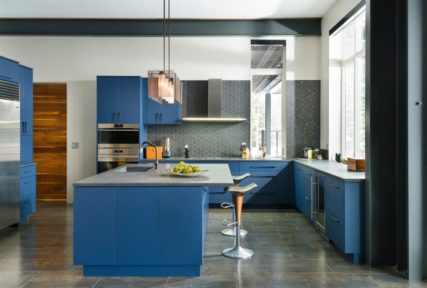 Contemporary Kitchen by Bridgewater Innovative Builders, Inc