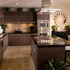 Contemporary Kitchen by Hauser Houses
