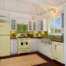 Tropical Kitchen by Peabody's Interiors