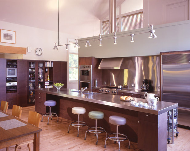 Contemporary Kitchen by Billinkoff Architecture PLLC