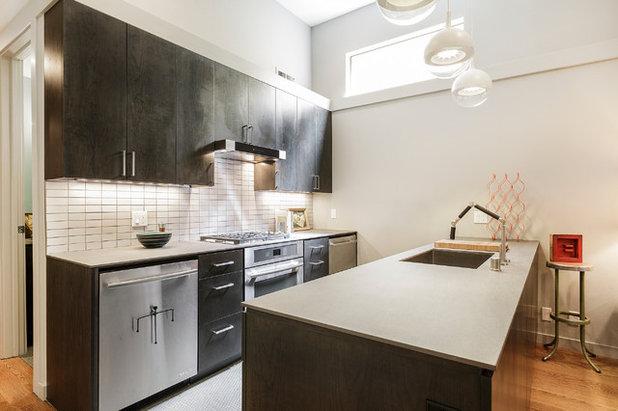 Modern Kitchen by SF Design Build