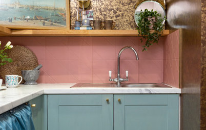 UK Kitchen Tour: A Tiny Theatrical Galley Kitchen Takes the Stage