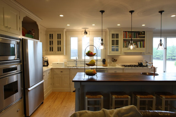 Traditional Kitchen by Epiphany Design Studio
