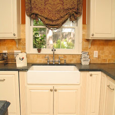Traditional Kitchen by Heather Baskerville, CKD