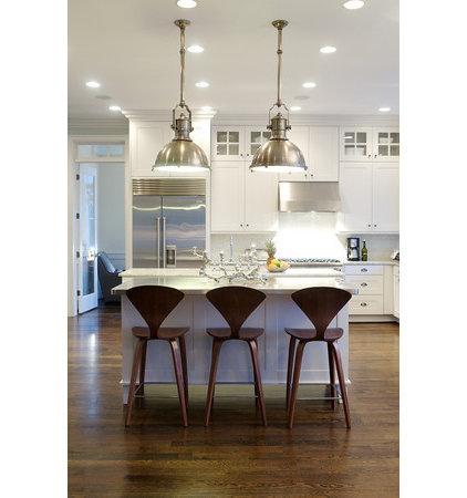 Modern Kitchen by Heather Garrett Design