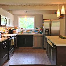 Midcentury Kitchen by Emily VerWys - Realtor Keller Williams