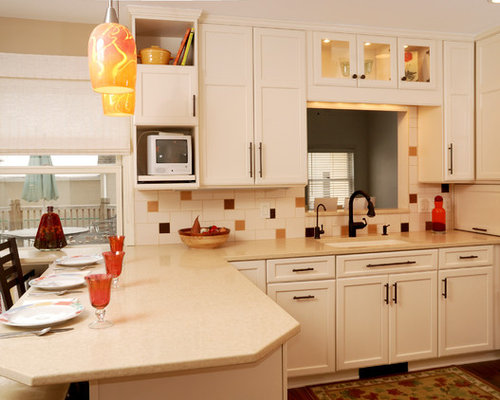 ... Ideas, Remodels & Photos with Porcelain Backsplash and White Cabinets