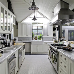 traditional kitchen by Tim Barber LTD Architecture & Interior Design
