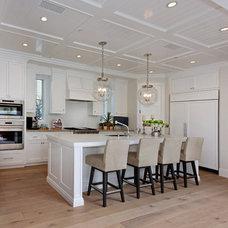 Beach Style Kitchen by Brandon Architects, Inc.