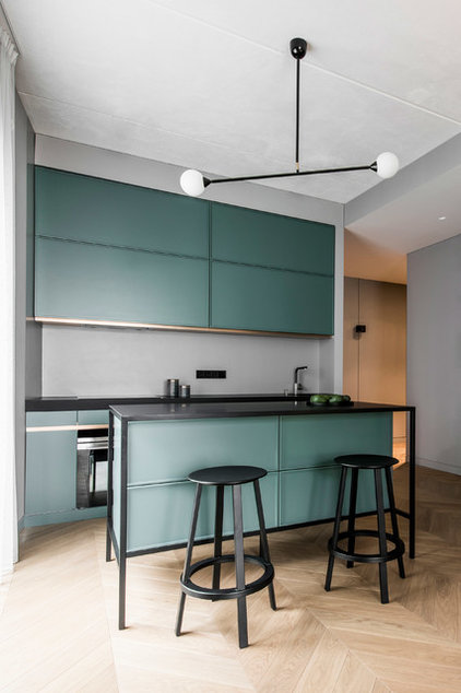 Contemporary Kitchen by Pulatani Builders